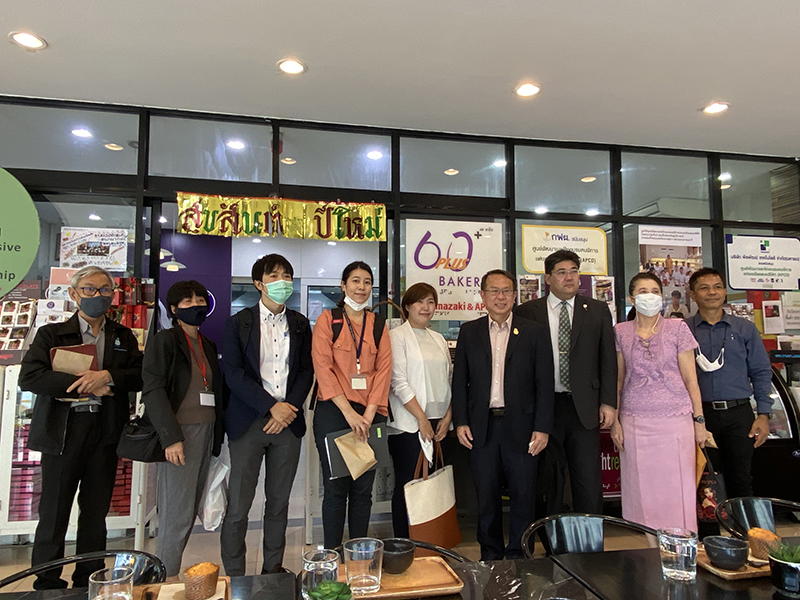 Group photo of honorable visitors (Embassy of Japan in Thailand: Mr. Kazunari Yokota, First Secretary; Ms. Misa Takagi, Secondary Secretary / Head of GGP' Ms. Kalaya  Santoostaroam,  Coordinator; Ms. Thanida Pawakho, Coordinator; and the Japanese Chamber of Commerce (JCC) of Thailand: Mr. Naoki  Sakamoto, Secretary of General, and Ms. Mathurot Lekjaem, Public Relations Coordinator), and APCD Management team.