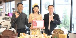 Mr. Piroon Laismit, APCD Executive Director and Mr. Sunthorn Nowarat, 60+ Plus Project manager escorted Ms. Rapeepan Luangaramrut, Moderator of Aroi Lert Kub Khun Reed at Thai TV 3 channel to show the delicious bakery & unique chocolate from the Project.